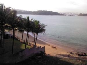 praia-ilha-do-frade-2
