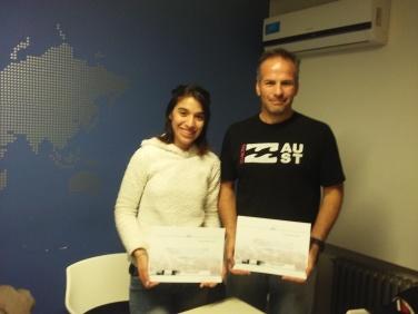 Stephanie y Alejandro certificados